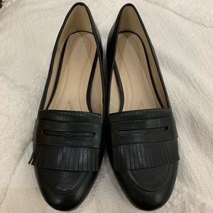 Relativity Black Faux Leather Moccasins- like new